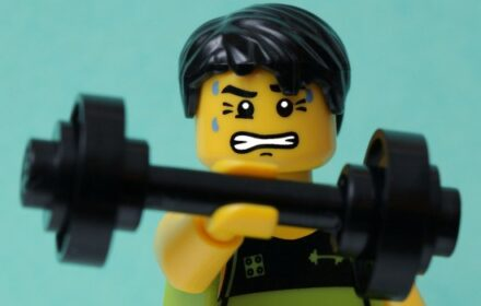 Lego-man-working-out-550x366