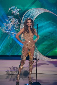 today-miss-universe-costume-singapore.ss_full