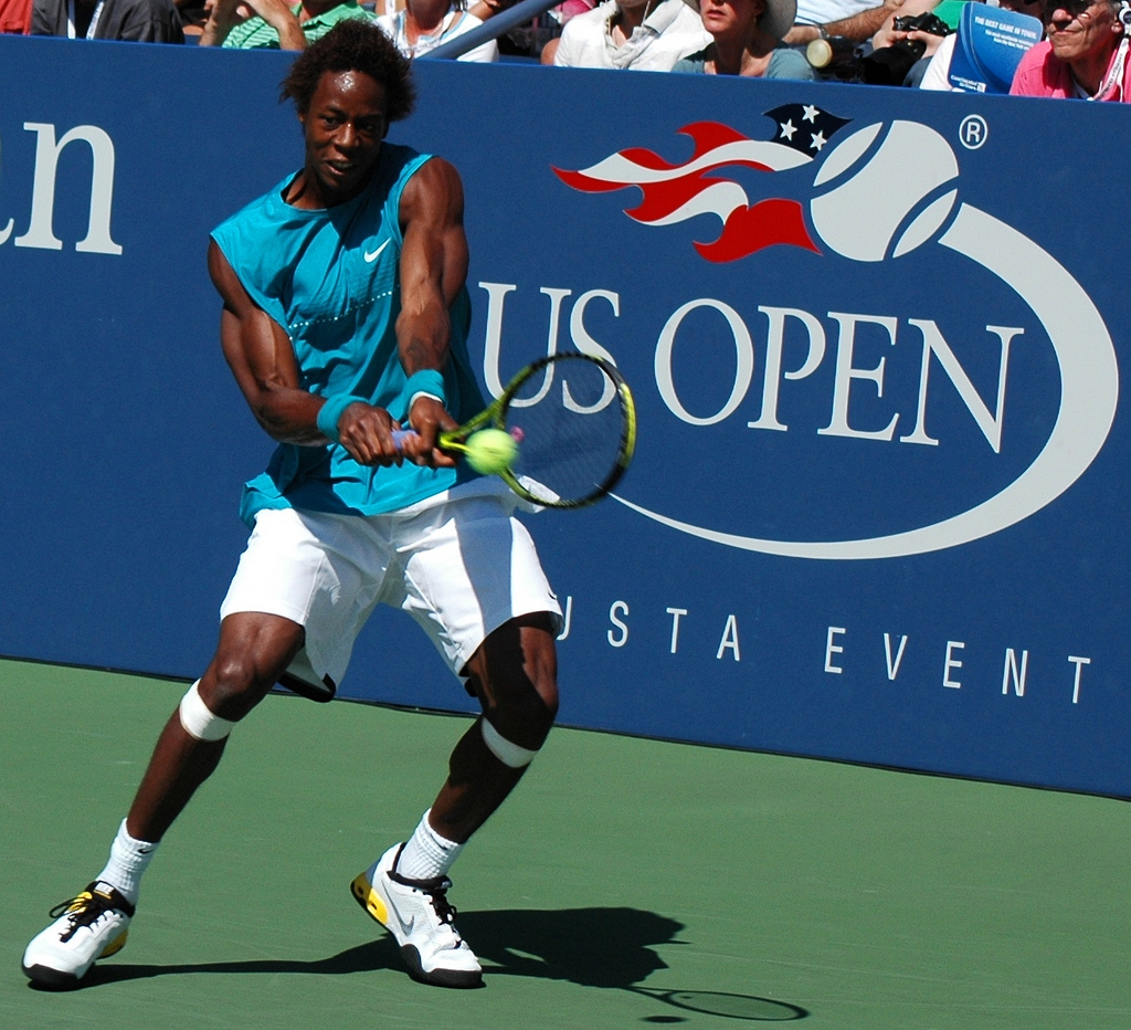 Gaël_Monfils_at_the_2009_US_Open_12