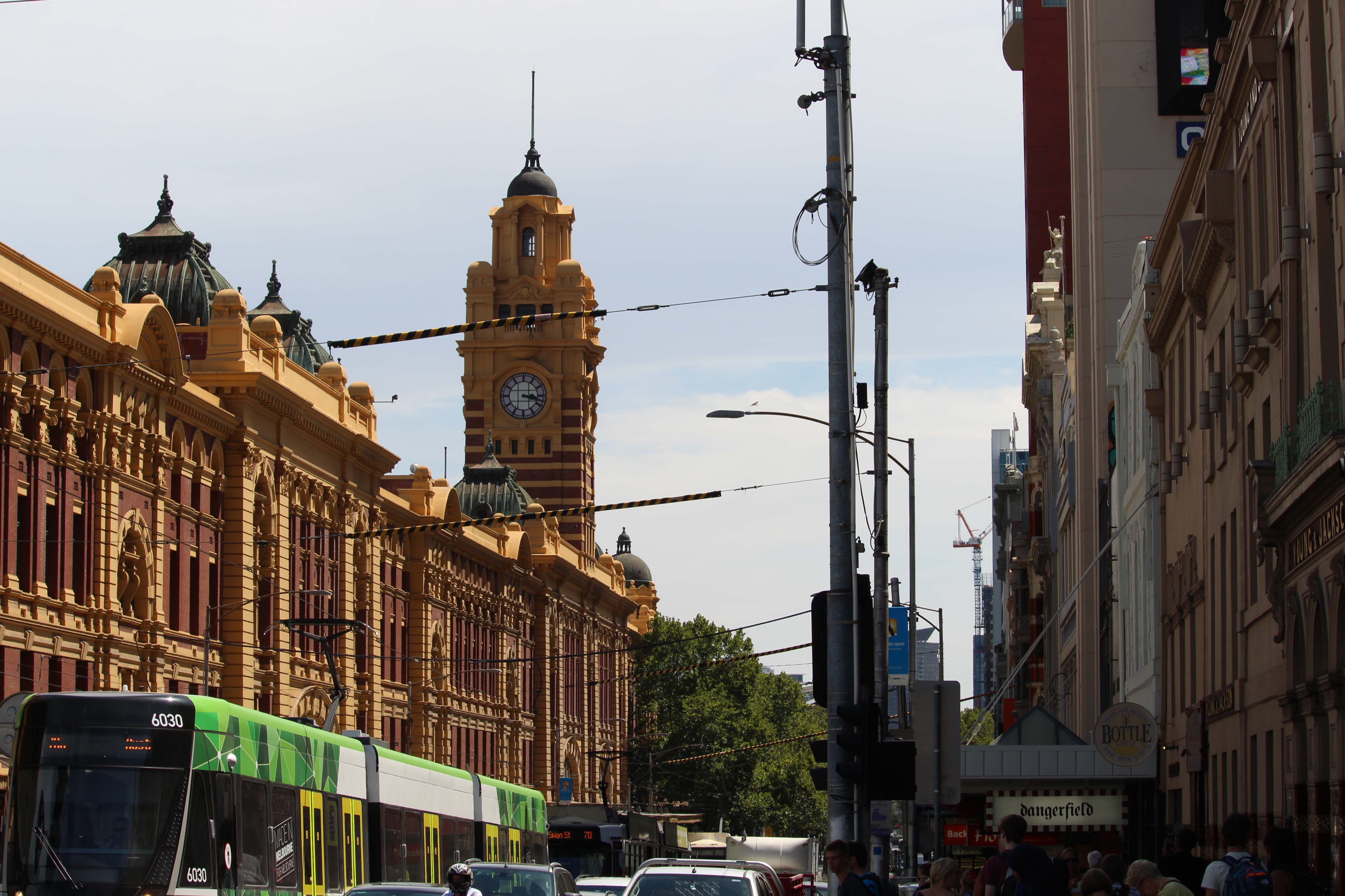 Melbourne - Article 1