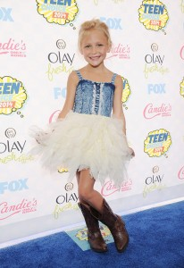 alyvia-alyn-lind-teen-choice-awards-2014